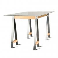 Moody стол